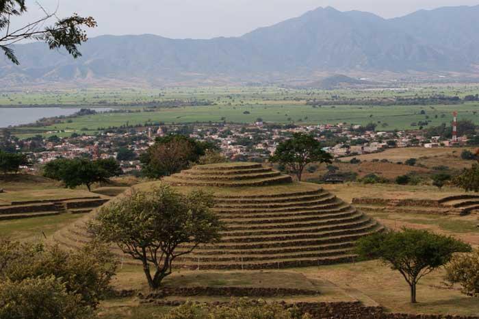 Circular pyramid at Guachimontones